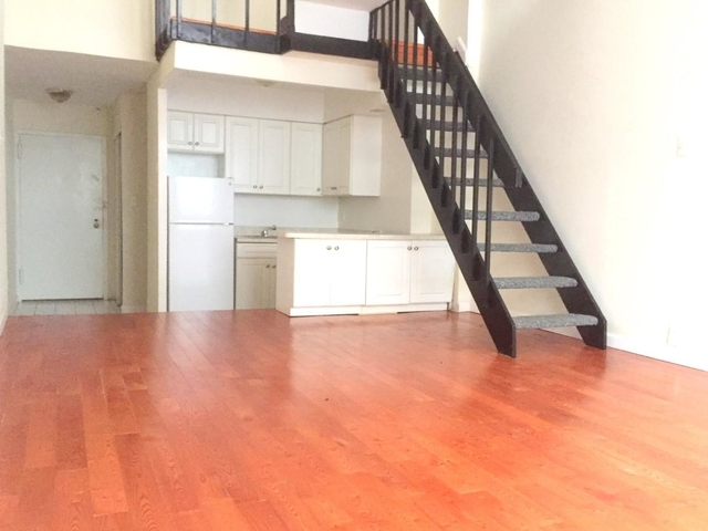 3 Bedrooms, Murray Hill Rental in NYC for $4,530 - Photo 2