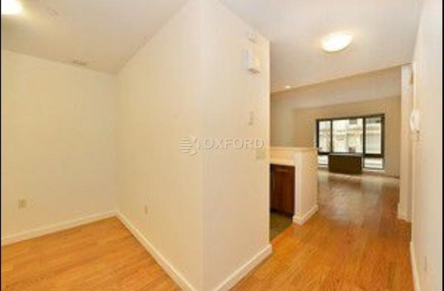 2 Bedrooms, Flatiron District Rental in NYC for $6,995 - Photo 2