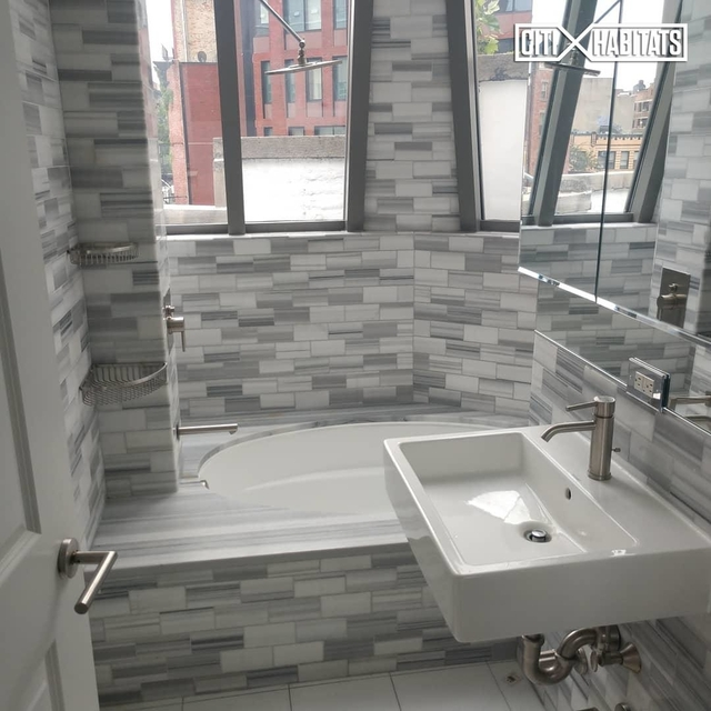 3 Bedrooms, West Village Rental in NYC for $9,500 - Photo 1