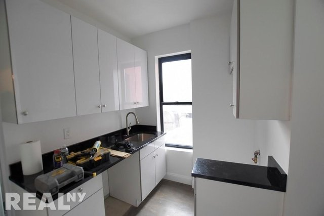 3 Bedrooms, Bowery Rental in NYC for $4,100 - Photo 2