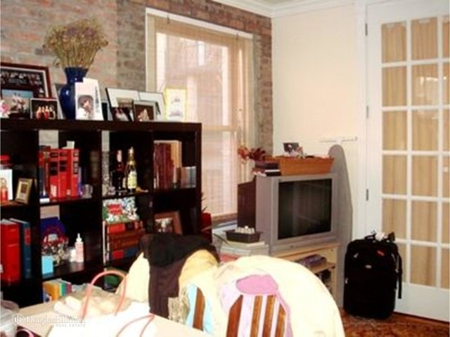 1 Bedroom, Rose Hill Rental in NYC for $3,095 - Photo 2