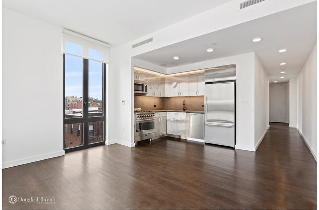 2 Bedrooms, Long Island City Rental in NYC for $3,675 - Photo 1
