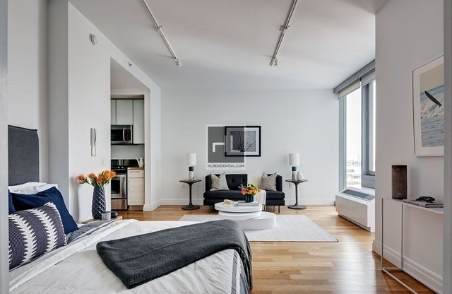 Studio, Hell's Kitchen Rental in NYC for $3,048 - Photo 1