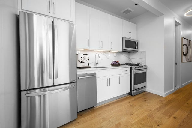 3 Bedrooms, Crown Heights Rental in NYC for $3,570 - Photo 1