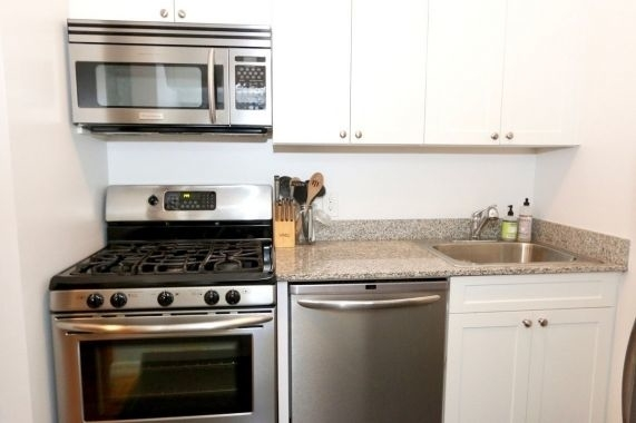 Loft, Financial District Rental in NYC for $3,200 - Photo 2