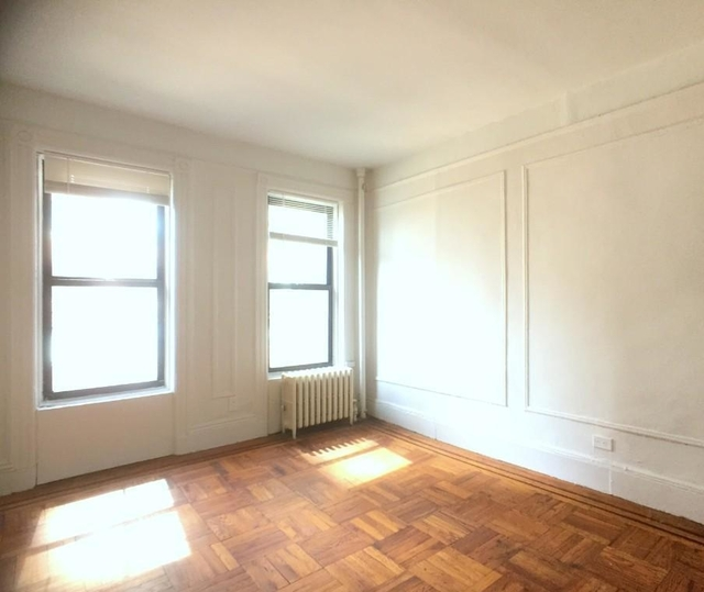 2 Bedrooms, Yorkville Rental in NYC for $2,570 - Photo 1