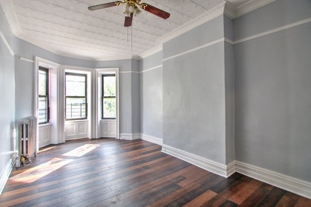 2 Bedrooms, Sunset Park Rental in NYC for $2,190 - Photo 1