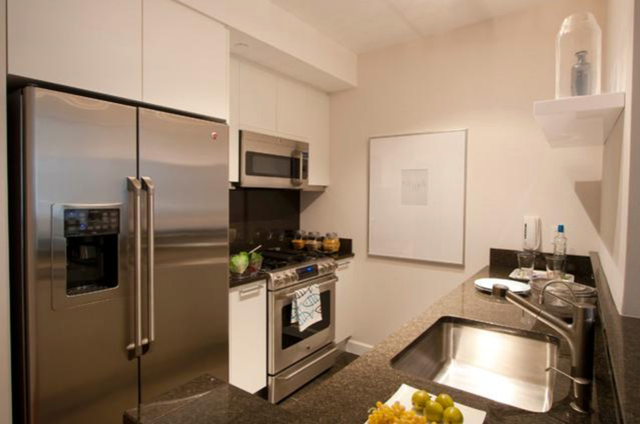 1 Bedroom, Garment District Rental in NYC for $3,400 - Photo 2