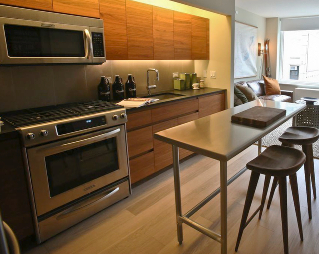 1 Bedroom, Hell's Kitchen Rental in NYC for $3,905 - Photo 1