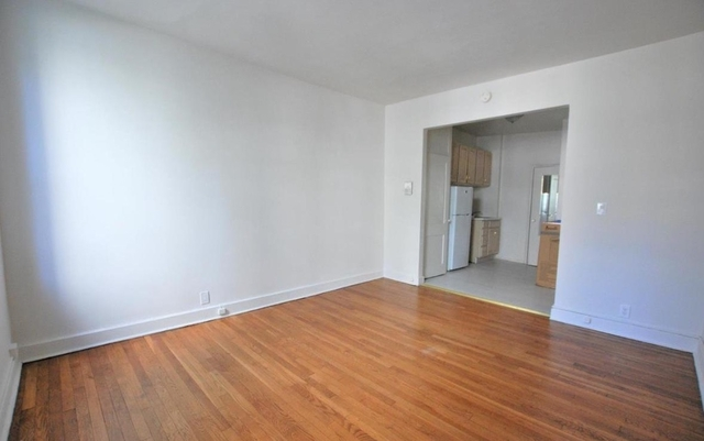 Studio, Yorkville Rental in NYC for $1,920 - Photo 2