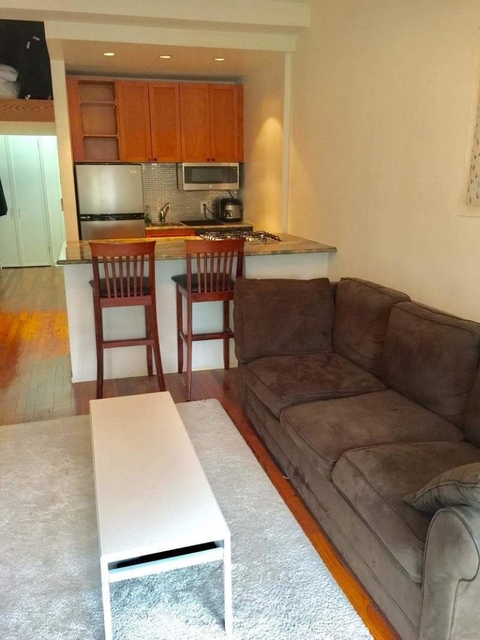 Studio, Yorkville Rental in NYC for $1,895 - Photo 2