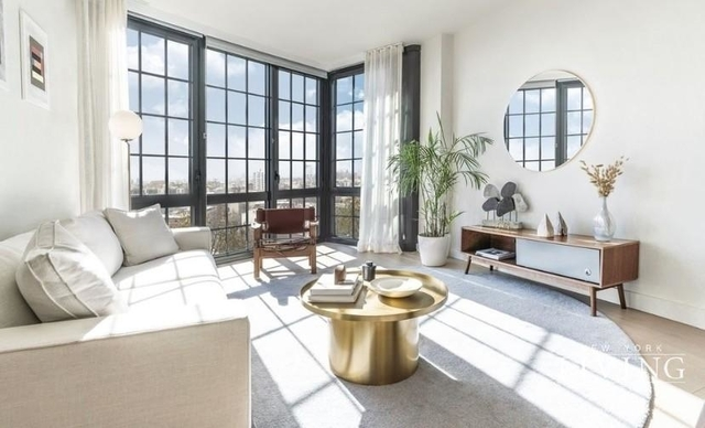 1 Bedroom, Greenpoint Rental in NYC for $2,997 - Photo 2