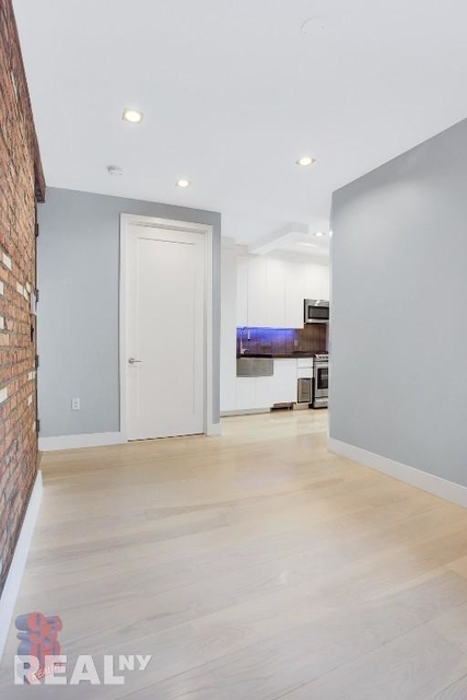 4 Bedrooms, Lower East Side Rental in NYC for $8,595 - Photo 2