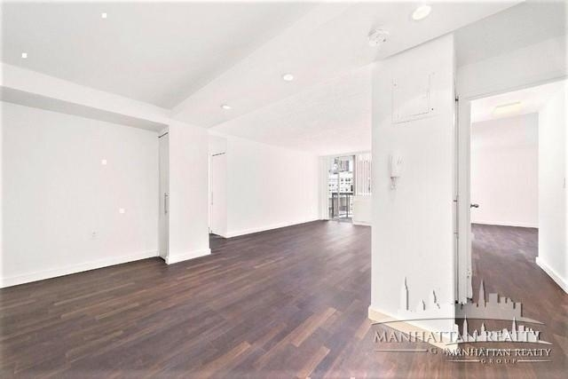 2 Bedrooms, Rose Hill Rental in NYC for $5,300 - Photo 2