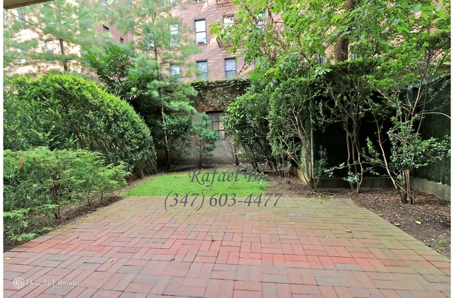 2 Bedrooms, Rego Park Rental in NYC for $2,850 - Photo 2