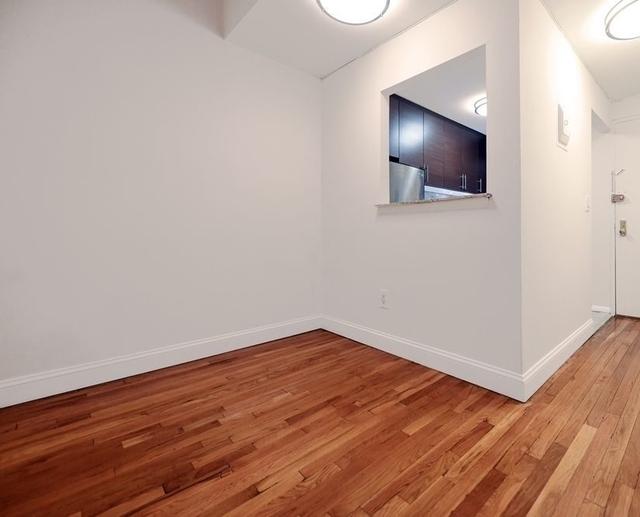 2 Bedrooms, Midtown East Rental in NYC for $3,840 - Photo 1