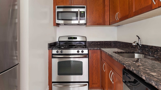 Studio, Upper West Side Rental in NYC for $3,083 - Photo 1