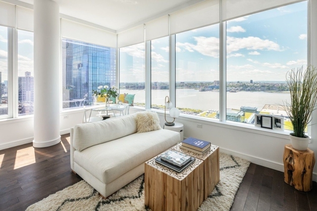 2 Bedrooms, Hell's Kitchen Rental in NYC for $5,780 - Photo 2