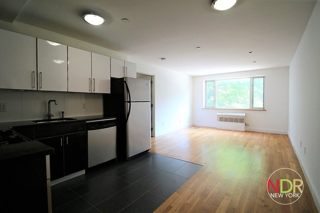 1 Bedroom, Williamsburg Rental in NYC for $2,599 - Photo 2