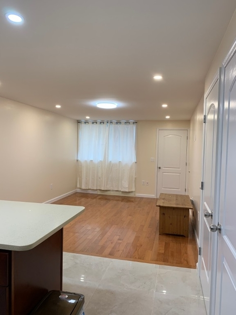 2 Bedrooms, Sheepshead Bay Rental in NYC for $2,100 - Photo 2