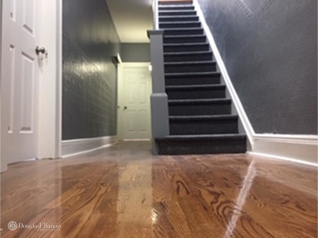 3 Bedrooms, Glendale Rental in NYC for $2,450 - Photo 2