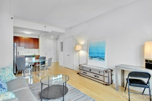 Studio, Williamsburg Rental in NYC for $2,520 - Photo 2
