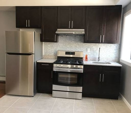 3 Bedrooms, Greenwood Heights Rental in NYC for $2,800 - Photo 2