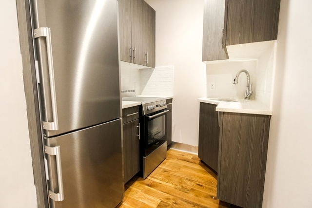 2 Bedrooms, Williamsburg Rental in NYC for $3,399 - Photo 2