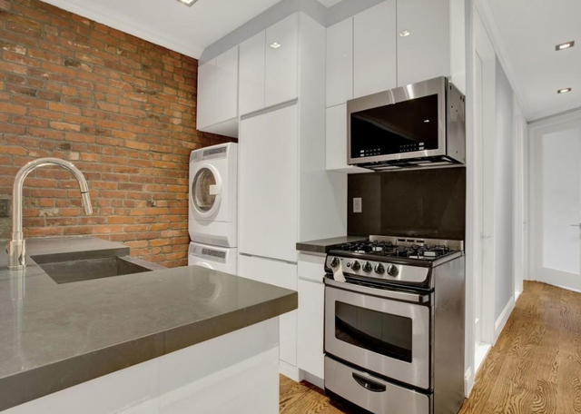 4 Bedrooms, Hell's Kitchen Rental in NYC for $6,299 - Photo 1