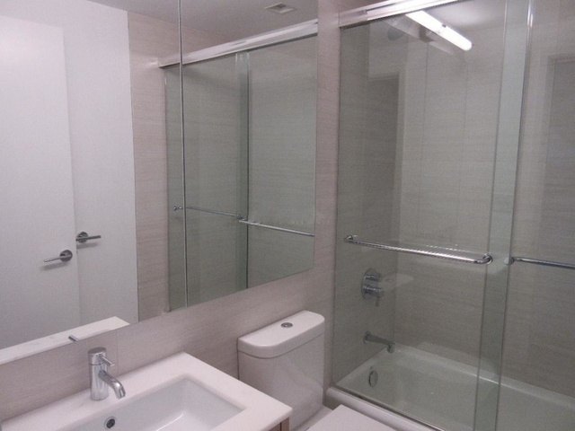 3 Bedrooms, West Village Rental in NYC for $9,950 - Photo 2
