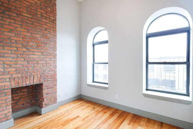 Room, Ridgewood Rental in NYC for $950 - Photo 1