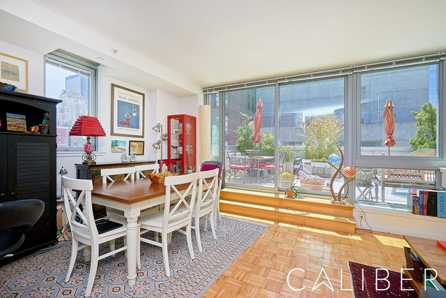 2 Bedrooms, Hell's Kitchen Rental in NYC for $4,630 - Photo 2