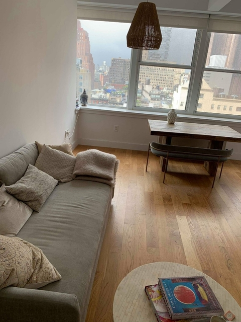 3 Bedrooms, Tribeca Rental in NYC for $10,300 - Photo 1