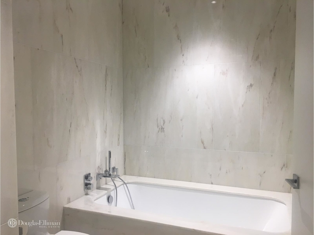 2 Bedrooms, Chelsea Rental in NYC for $14,000 - Photo 2