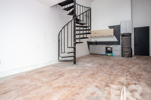 4 Bedrooms, Williamsburg Rental in NYC for $5,999 - Photo 2