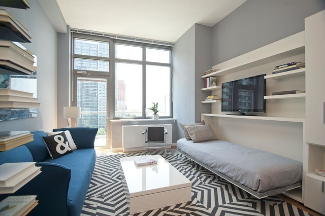 2 Bedrooms, Hunters Point Rental in NYC for $6,582 - Photo 1