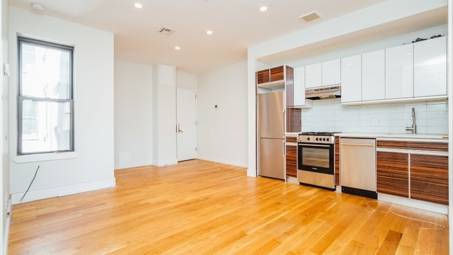 3 Bedrooms, Williamsburg Rental in NYC for $4,200 - Photo 1
