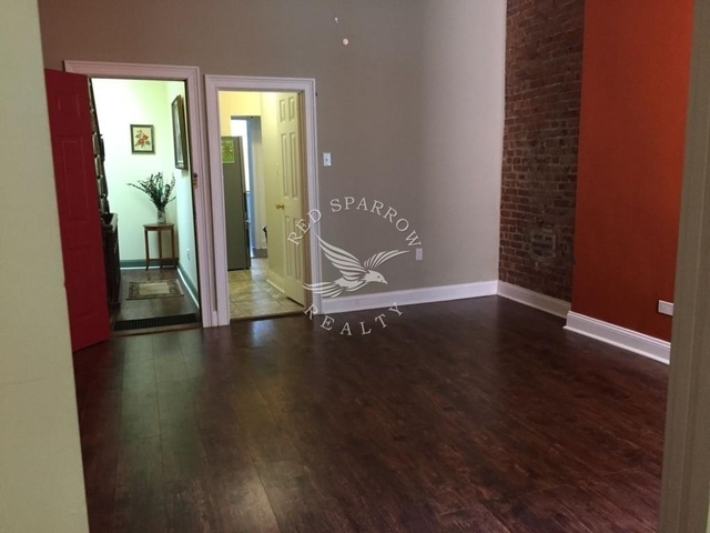3 Bedrooms, Upper East Side Rental in NYC for $3,600 - Photo 1