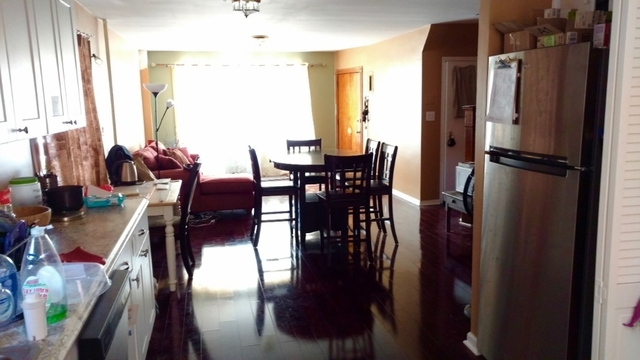3 Bedrooms, Astoria Rental in NYC for $3,200 - Photo 2