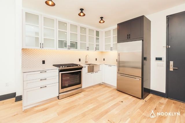 1 Bedroom, Bushwick Rental in NYC for $2,592 - Photo 1