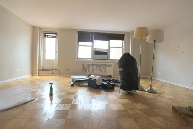 2 Bedrooms, Murray Hill Rental in NYC for $4,575 - Photo 1