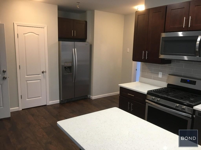 3 Bedrooms, Astoria Rental in NYC for $2,890 - Photo 2