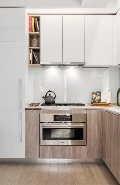 Studio, Hell's Kitchen Rental in NYC for $3,280 - Photo 2