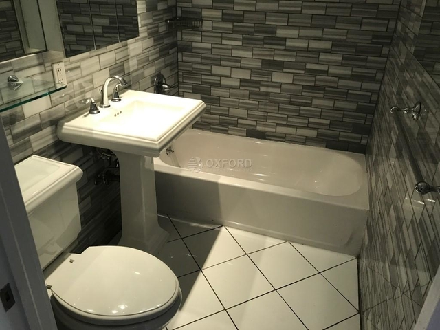 3 Bedrooms, East Harlem Rental in NYC for $4,450 - Photo 2