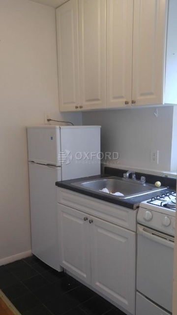 1 Bedroom, Hell's Kitchen Rental in NYC for $2,600 - Photo 2