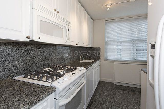 2 Bedrooms, Yorkville Rental in NYC for $5,500 - Photo 2