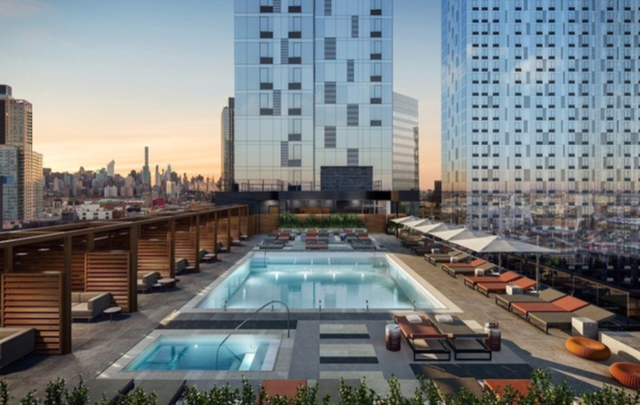 3 Bedrooms, Hunters Point Rental in NYC for $5,295 - Photo 1