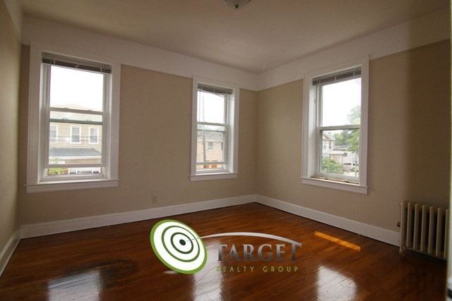 2 Bedrooms, Glendale Rental in NYC for $1,950 - Photo 2