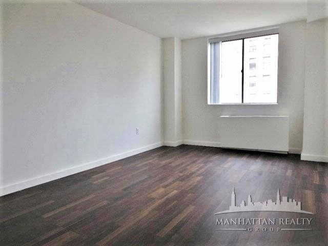 3 Bedrooms, Rose Hill Rental in NYC for $6,195 - Photo 2
