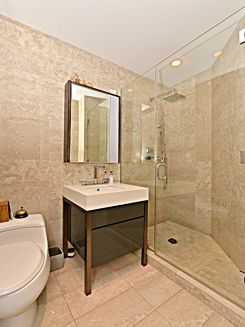 Studio, Financial District Rental in NYC for $5,450 - Photo 2